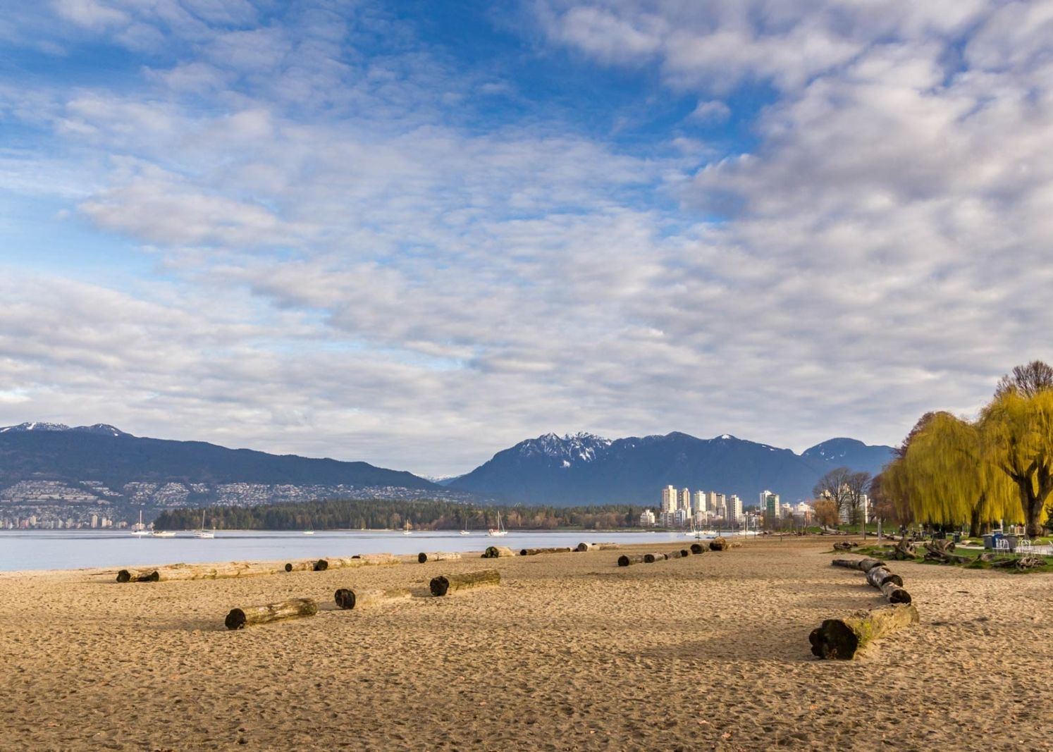 sea to sky highway attractions vancouver beaches