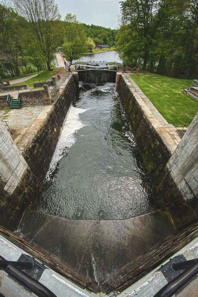 Jones Falls Lock on the Rideau with Le Boat